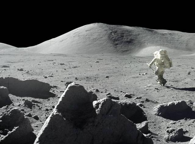 50 de ani de la primul pas pe Lună: România și Spania, printre ţările din care au dispărut rocile lunare