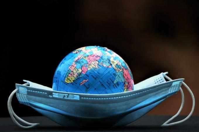 AFP: Pandemia sapă o prăpastie economică între Uniunea Europeană şi SUA