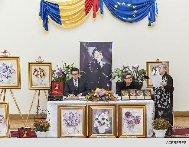 ART BY FUEGO: 'Parfumuri de altădată' o expoziție caritabilă de pictură la Iași