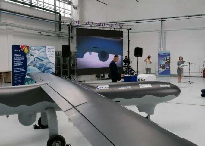 Aerostar Bacău a semnat un contract cu U-TacS pentru realizarea, în România, de drone tactice Watchkeeper X
