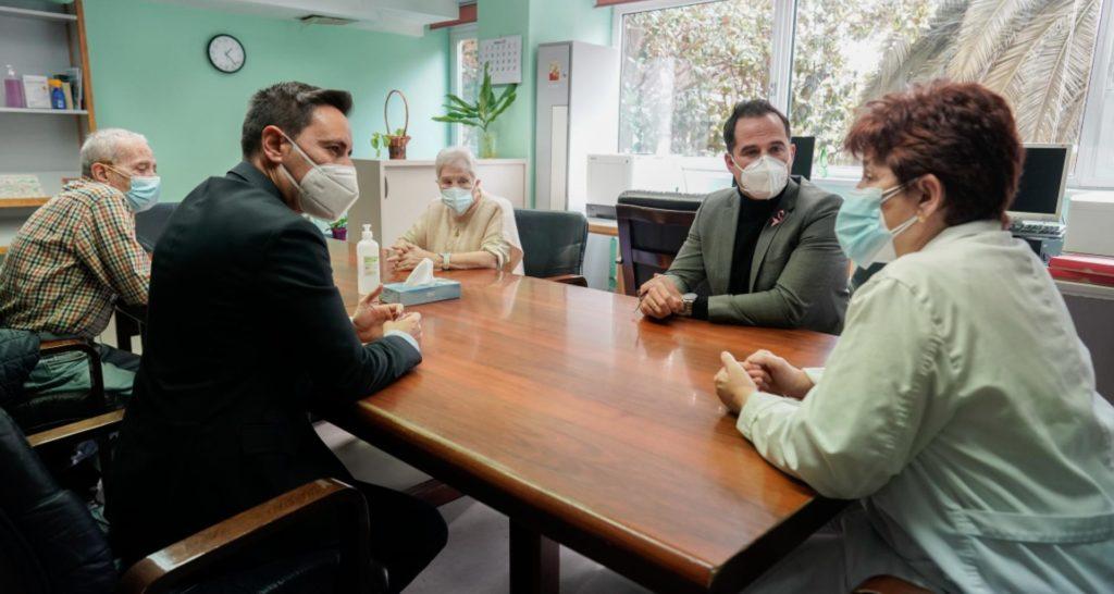 Aguado: La vacunación de la segunda dosis en residencias marca el camino del fin de la pandemia