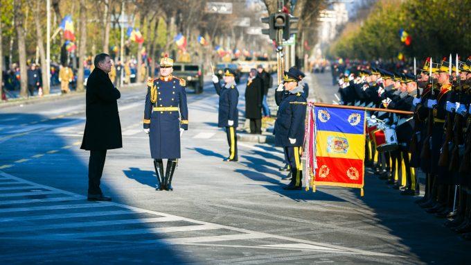 Alba Iulia/Iohannis: Trebuie să arătăm generaţiilor viitoare că noi suntem continuatori destoinici ai proiectului Marii Uniri