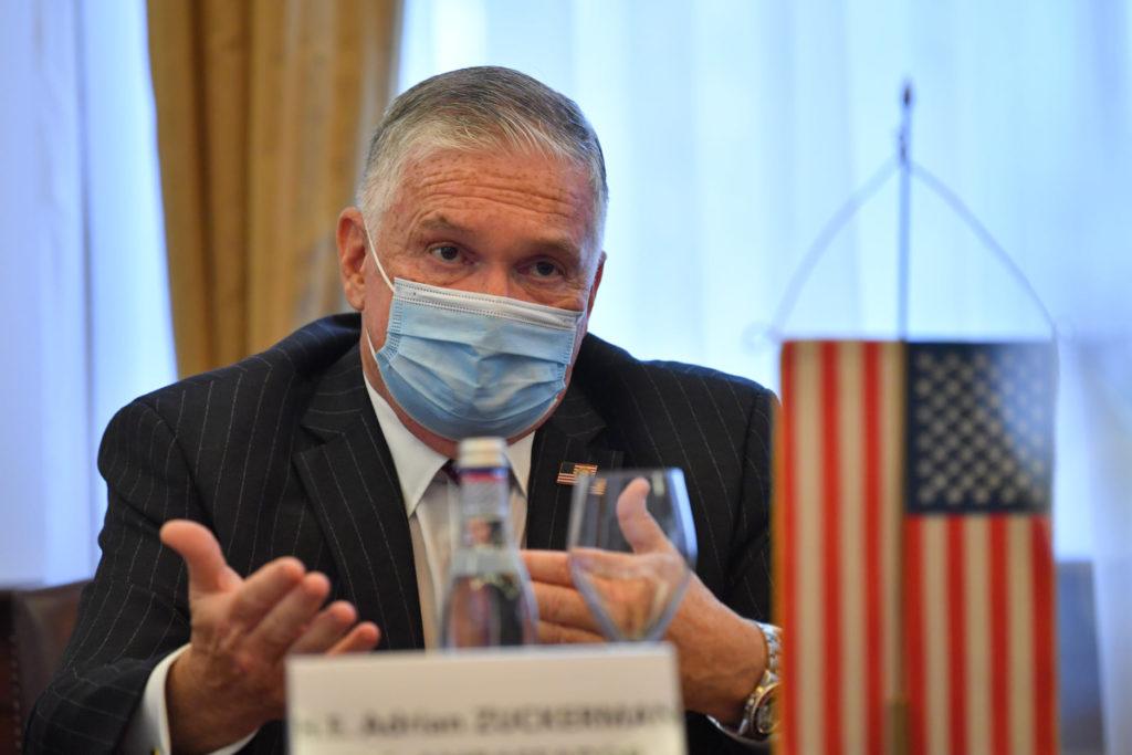 Ambasadorul SUA: Nu trebuie să tolerăm companiile chineze comuniste, care sunt o ameninţare pentru securitatea lumii libere