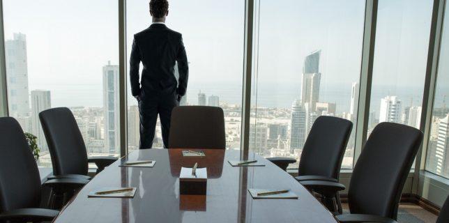 Aproape jumătate dintre liderii în afaceri din lume anticipează pentru 2022 revenirea la normal (studiu)