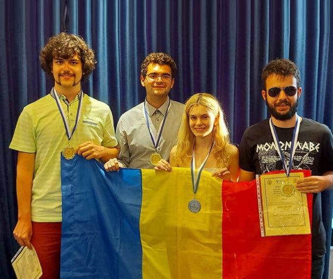 Aur pentru Universitatea din București. Pentru al treilea an consecutiv, studenții UB au cucerit podiumul concursului internațional SEEMOUS