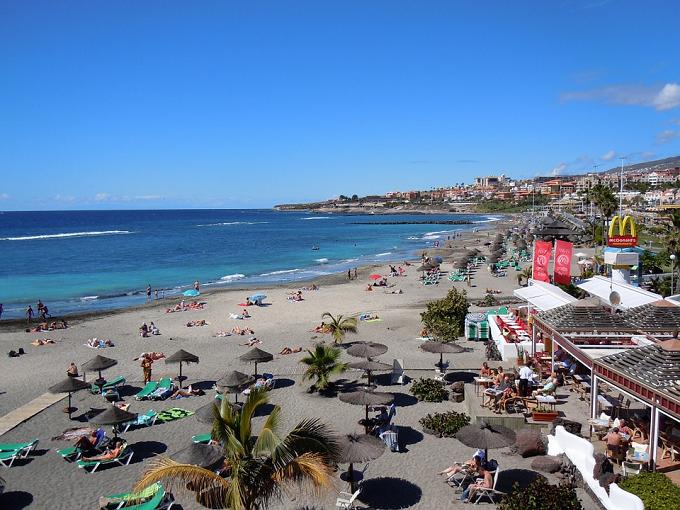 Avalanșa de reclamații false făcute de turiști britanici îi îngrijorează pe hotelierii din Spania
