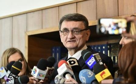 Avocatul Poporului sesizează CCR pe OUG privind modificarea Codurilor penale