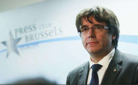 Avocatul lui Carles Puigdemont anunță că va încerca să evite arestarea fostului lider catalan