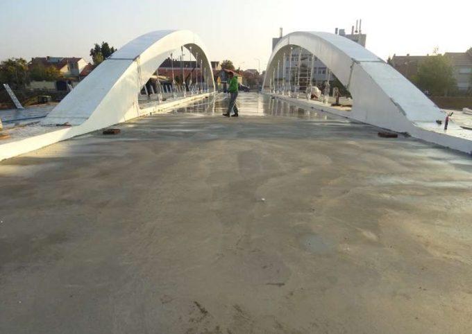 Bihor: Podul Centenarului va fi inaugurat pe 29 noiembrie, a anunţat primarul Oradei
