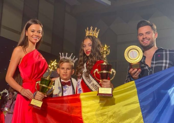 Bihor: Prima şcoală de modeling online din lume, creată de Denisa Hodişan, Miss Planet 2019