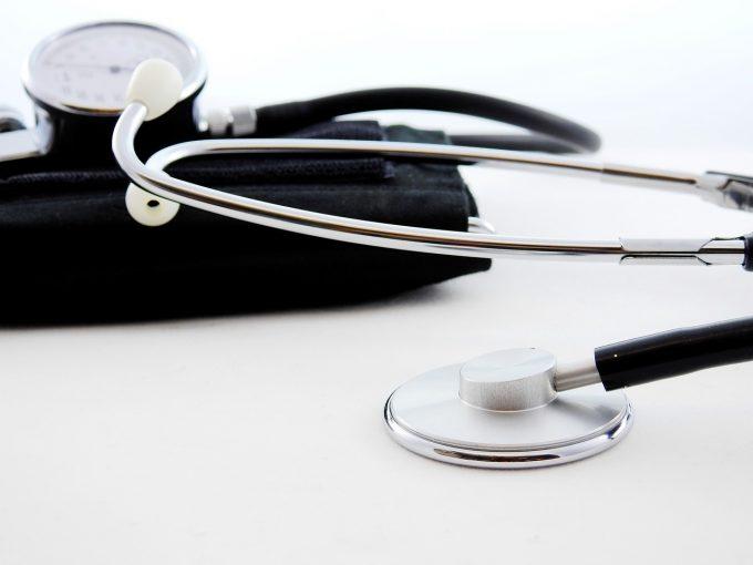 Bodog caută soluţii pentru medicii care au luat Rezidenţiatul, dar nu au post