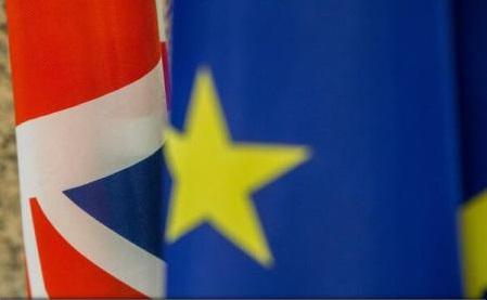 Brexit: Deputații europeni stabilesc condițiile în care aprobă acordul de retragere a Marii Britanii din UE