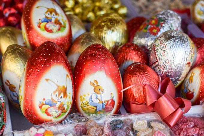 Cât cheltuiesc românii pentru cadourile de Paşte, achiziţionate online?