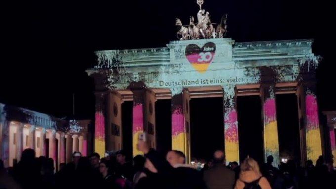 Căderea Zidului Berlinului: Despre începutul şi sfârşitul Cortinei de fier