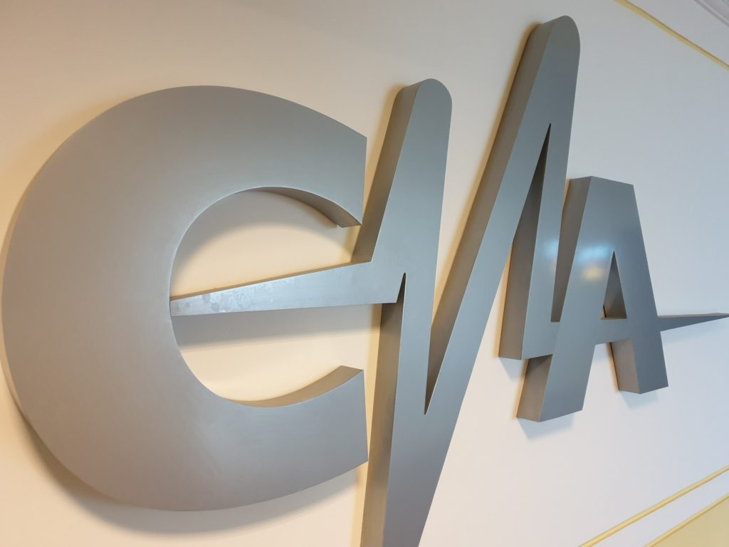CNA: România TV - amendă 5.000 de lei; Diana Şoşoacă şi Mădălin Ionescu - afirmaţii neprobate despre COVID