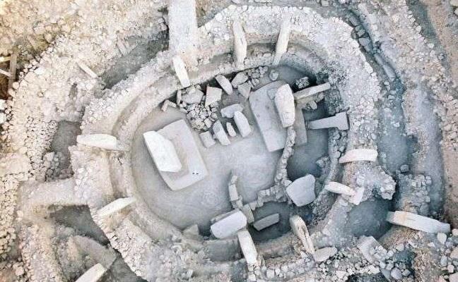 Cel mai vechi templu din lume, Göbekli Tepe, a fost construit după un plan geometric