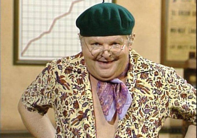 Celebritatea marelui comediant Benny Hill, protagonistul emisiunii de succes: The Benny Hill Show
