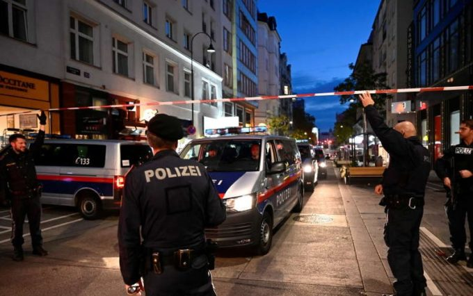 Cetăţeni din şapte state se numără printre victimele atacului de la Viena