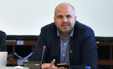 Cluj: Deputatul Emanuel Ungureanu aduce noi acuzaţii medicului Mihai Lucan şi primarului Emil Boc
