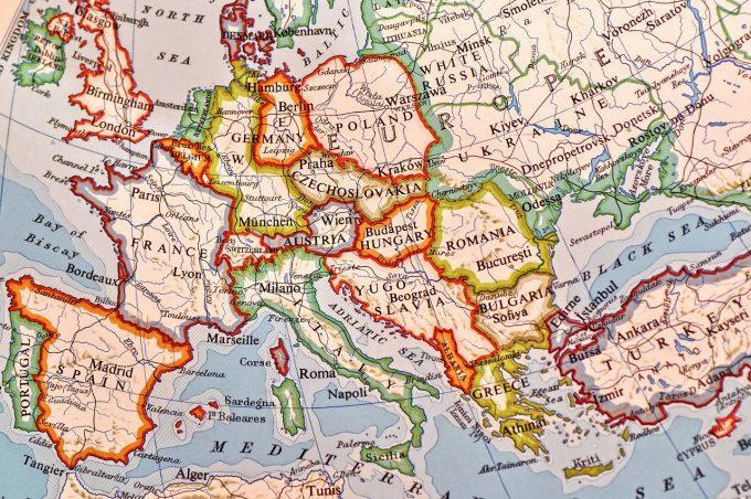 VIDEO: Comisarul european Dimitris Avramopoulos: România este pregătită pentru a adera la spaţiul Schengen