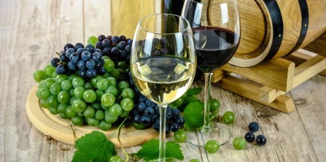 Comisia Europeană aprobă ajutoare în valoare de 12,4 milioane de euro pentru producătorii de vin din România