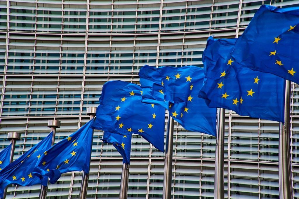 Comisia Europeană simplifică normele privind ajutoarele de stat, pentru a combate efectele economice ale pandemiei