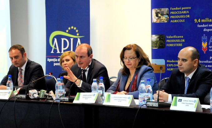 """Conferința """"PNDR 2014 – 2020 - prezent și viitor""""- despre oportunități de investiții în agricultură"""