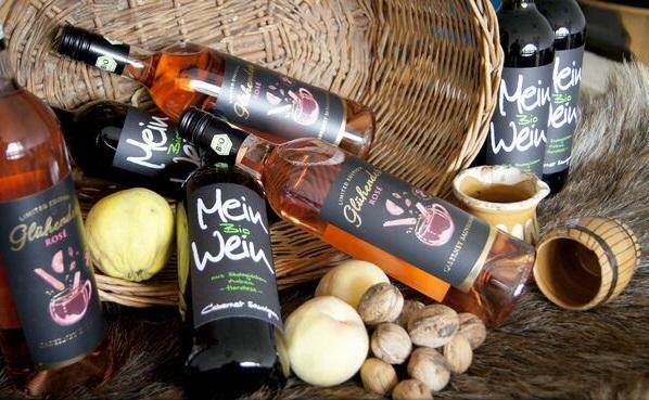 Constanța: Un podgorean dobrogean a câștigat piața germană cu un vin bio, aromatizat, pentru fiert