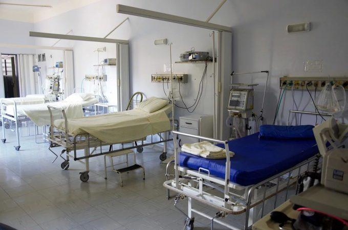Costache: Prea mulţi pacienţi, prea puţine spitale; avem locuri în spitale pe care nu le folosim din cauza legislaţiei