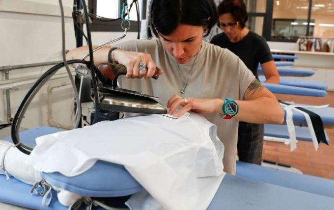 Creatorul de modă Cucinelli le oferă angajaţilor care refuză să se vaccineze şase luni de concediu plătit