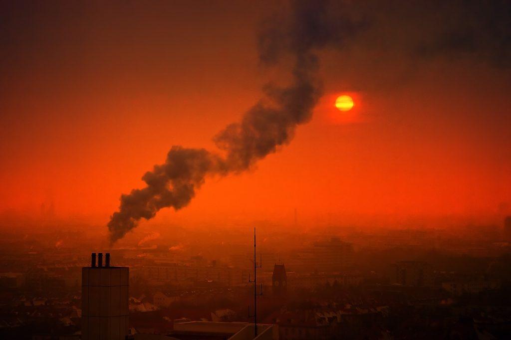 De unde vine poluarea? Poluarea aerului a ucis 476.000 de nou-născuţi în 2019