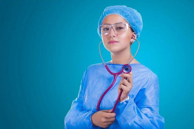 Diplomele de asistent medical generalist care au fost eliberate în România anterior aderării la UE, recunoscute automat