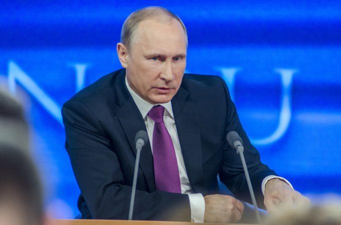 Discursul anual în parlament: Vladimir Putin transmite Occidentului să nu ''treacă linia roşie'' în relaţiile cu Rusia