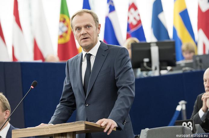 Donald Tusk: Dacă UE nu stăpânește în cel mult două luni criza migrației, spațiul Schengen se va prăbuși