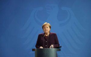 Dublu atac în Germania: Rasismul este o otravă, denunţă Angela Merkel