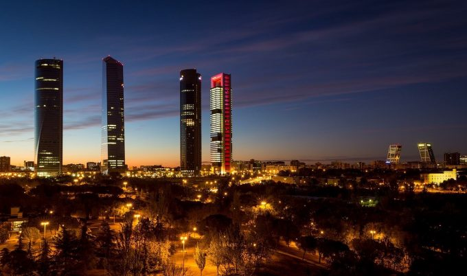 Economiile Spaniei şi Italiei vor fi printre cele mai afectate de pandemia COVID-19