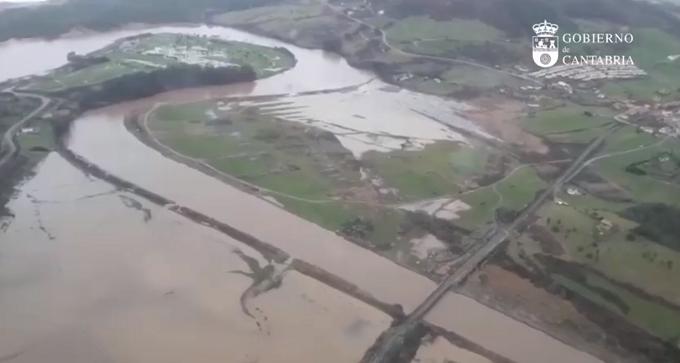 """VIDEO - El Gobierno de Cantabria solicita la intervención de emergencias: """"Es una auténtica catástrofe"""""""