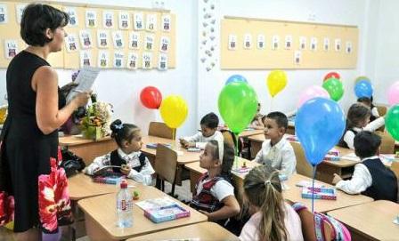 Elevii din România, fruntași la studiul limbilor străine (Eurostat)