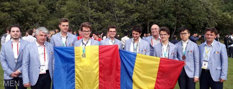 Elevii români au obţinut şase medalii la Olimpiada Internaţională de Matematică