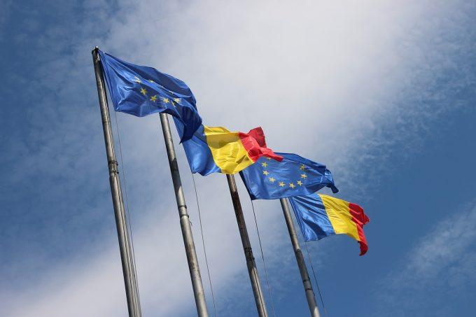 """Eurobarometru: 92% dintre români cunosc noţiunea de """"cetăţean al Uniunii Europene"""""""