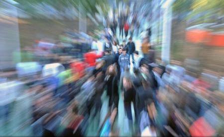 Eurostat: Peste o treime dintre români, supuși riscului de sărăcie și excluziune socială