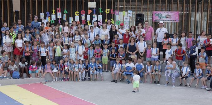 Eveniment special dedicat copiilor în Roquetas de Mar, provincia Almería