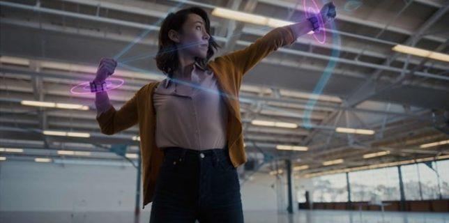 Facebook a dezvăluit o brăţară de realitate virtuală (VR), acţionată prin intermediul ''semnalelor creierului''