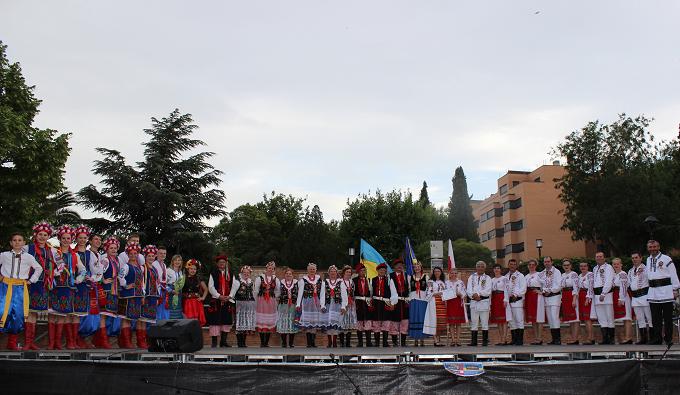 Festivalului Cultural Interetnic în organizarea Parohiei Ortodoxe Române din Valdemoro, Spania