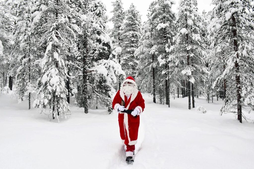Finlanda - Liniile aeriene Finnair oferă zboruri virtuale în Laponia pentru a îl vizita pe Moş Crăciun