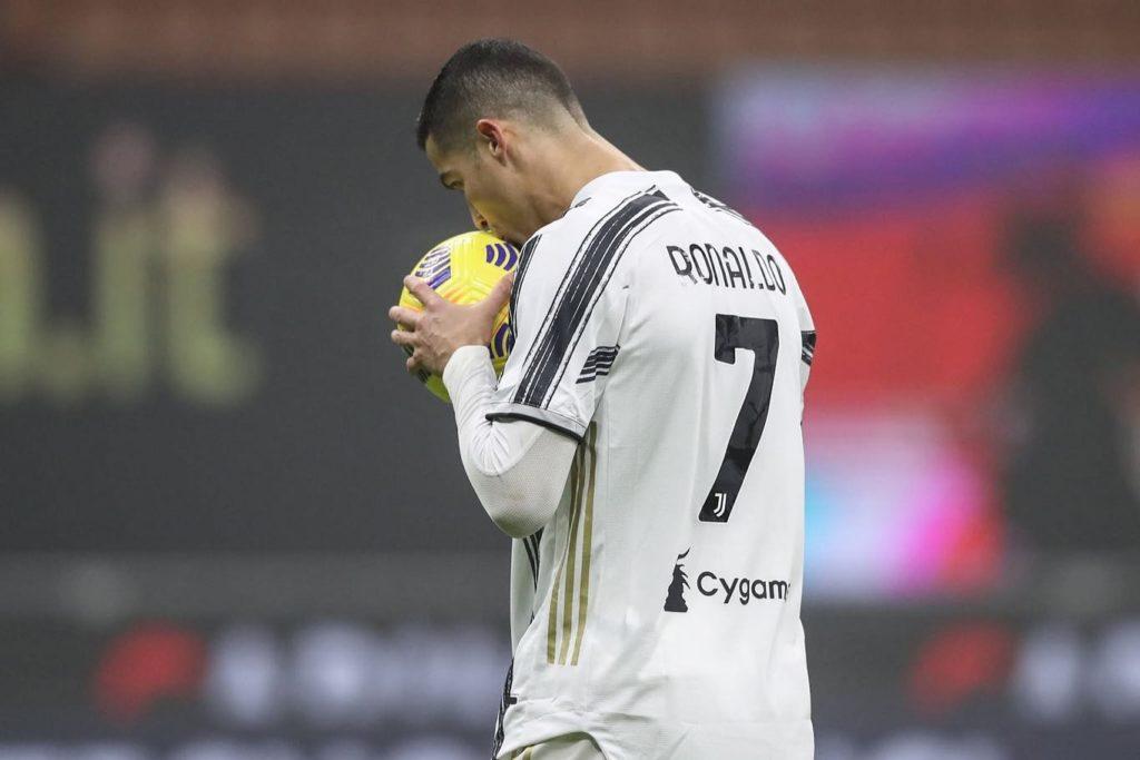 Fotbal: Cristiano Ronaldo vrea să îşi prelungească înţelegerea cu Juventus până în 2023 (presă)