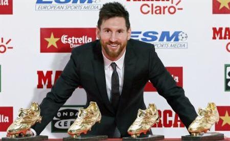 Fotbal: Messi și Cavani se luptă pentru titlul de golgheter al anului 2017