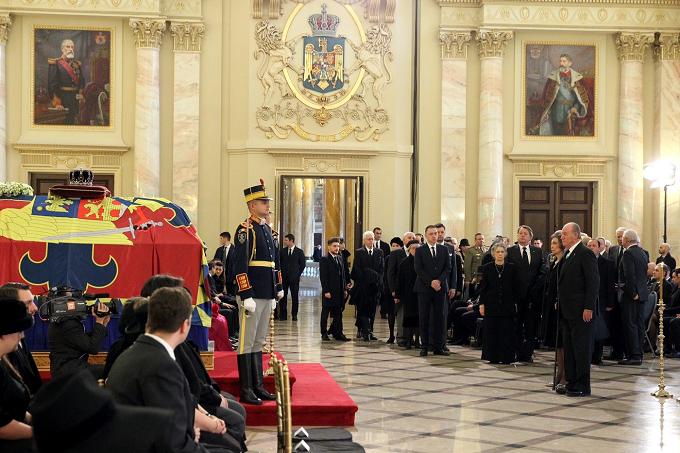 FotoCronica: Funeral de Su Majestad el Rey Miguel I de Rumanía