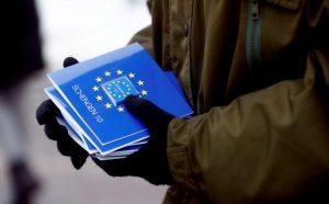 Franţa menţine controalele la graniţele interne ale Spaţiului Schengen