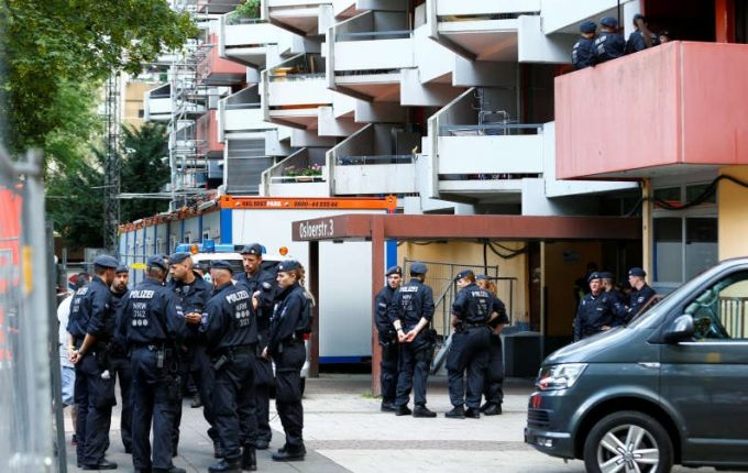 Germania: Şeful poliţiei anunţă dejucarea unui atentat cu 'bombă biologică' cu ricină